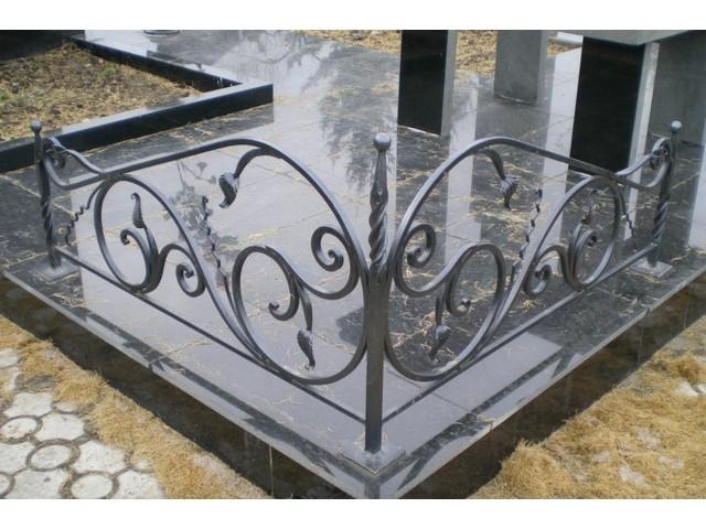 Уголок на могилу 3