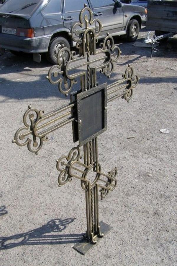 Кованый крест 4