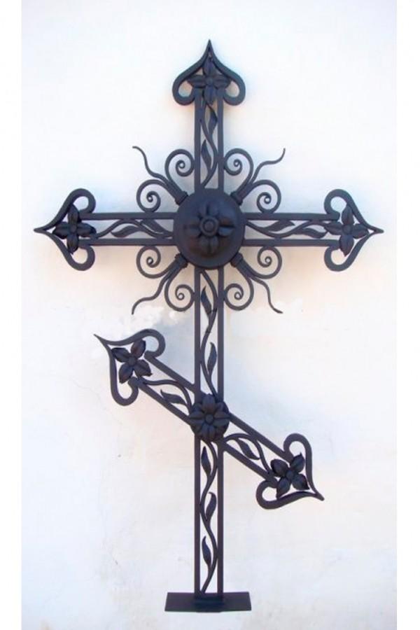 Кованый крест 14