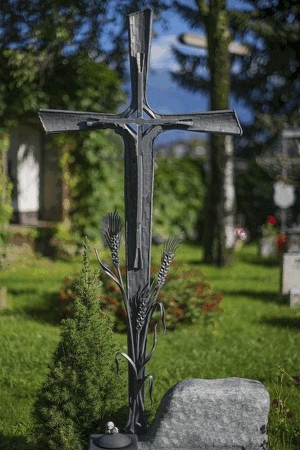 Кованый крест 19