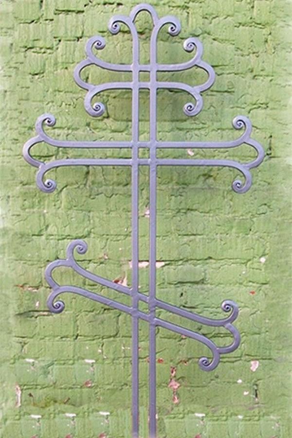 Кованый крест 25